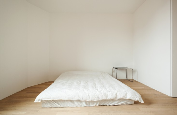 Opinion: Putting Your Mattress On the Floor Can Ruin Them